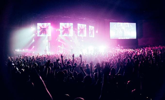 Diversión sin contratiempos, BUSSI te lleva a tu festival favorito