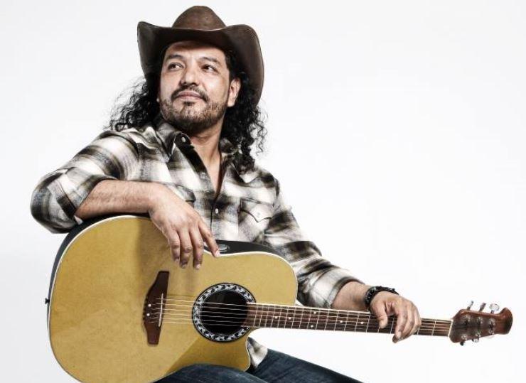 PACO NIVON presenta su propuesta de Country Rock