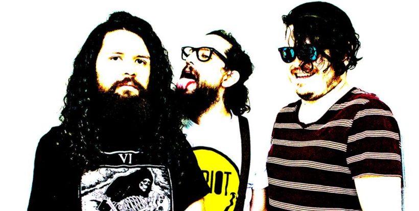 Música Garage mamalona con Los Riot