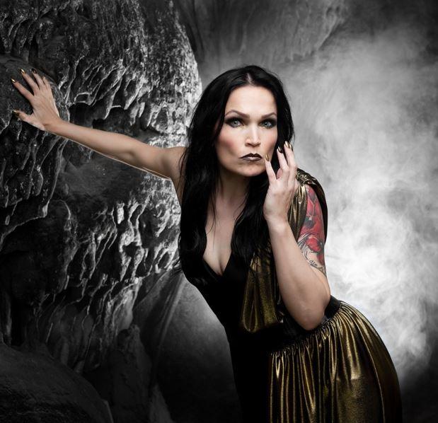 Tarja Turunen revela detalles sobre sobre su próximo álbum In The Raw