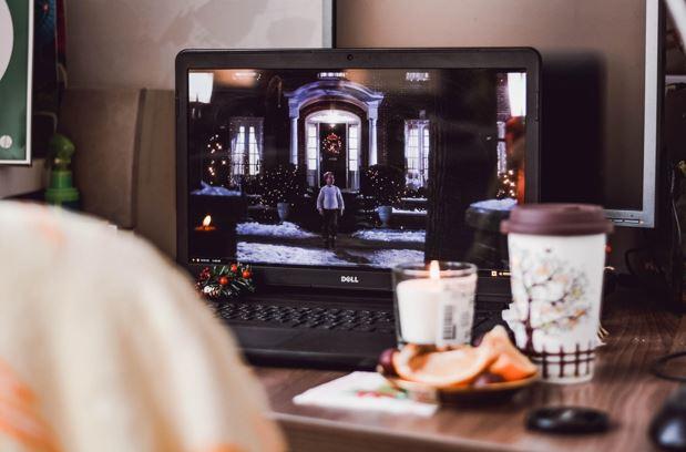 Ver películas sin pagar: ¿un sueño distante o la realidad de hoy?