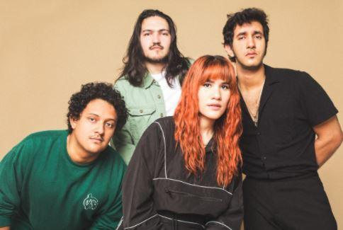 La banda latinoamericana de indie rock Neema presenta su álbum debut 'Yei'