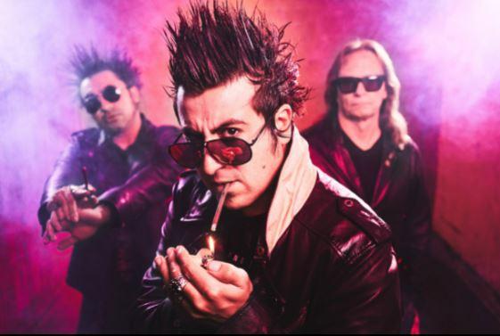 Falling Doves, una fuerza de energía eléctrica con una sensación de glam rock clásico