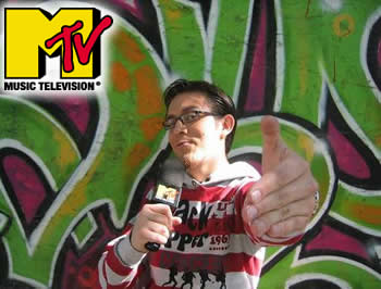"""MTV ESTRENA EPISODIOS DE """"JOYSTICKEROS"""", EL SHOW DEDICADO A LOS VIDEOJUEGOS"""