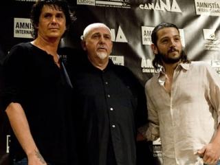 NI UNA MAS!!!!  Saúl Hernandez, Peter Gabriel y Diego Luna