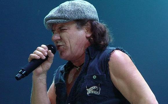 AC/DC suspende giraBrian Johnson en riesgo de pérdida total de audición, Brian Johnson en riesgo de pérdida total de audición, AC/DC suspende gira