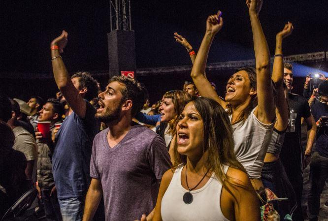 FESTIVAL ARGENTINOLa comunión de dos pueblos hermanos - Reseña, Festival argentino en carpa astros, fidel nadal en carpa astros, indios en carpa astros, bahiano en carpa astros