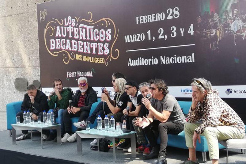 LOS AUTÉNTICOS DECADENTESSu Fiesta Ncional llega a México