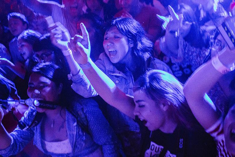 Festival MarvinCrónica de una batalla por el público, Porter, Galaxia Cero, LNG/SHT, Guzmán Uve, The Guadaloops, Caradura, detenidos, Ride Marvin, Pulso GNP, Interpol, Wolfmother, Drims
