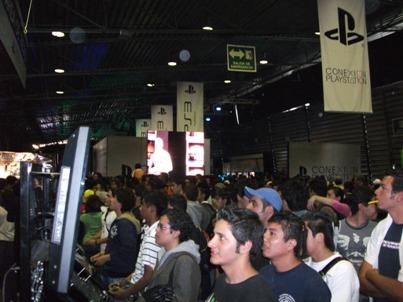 KINKY En el cierre de conexión Playstation,