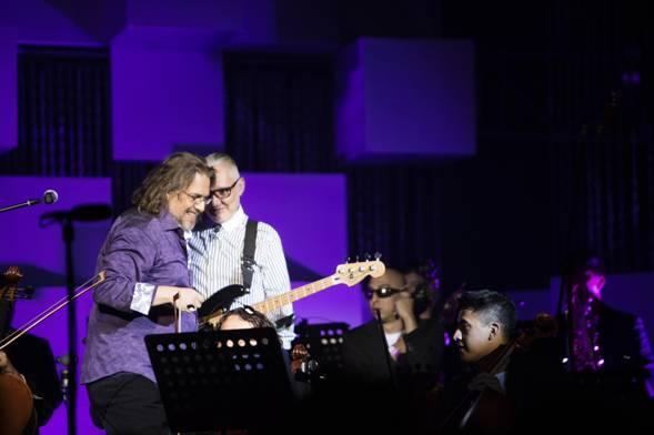 ROCK EN TU IDIOMA SINFÓNICO'Beber de tu Sangre', el primer sencillo