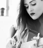 checa este articulo y aprende mas de la guitarra