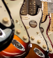 Aquí una lista de las guitarras marca Fender